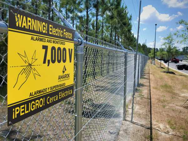 Warning Sign 7000 Volts Security Fence