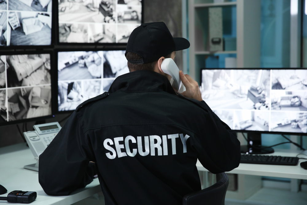 5 Drawbacks of Hiring Security Guards to Protect Your Business