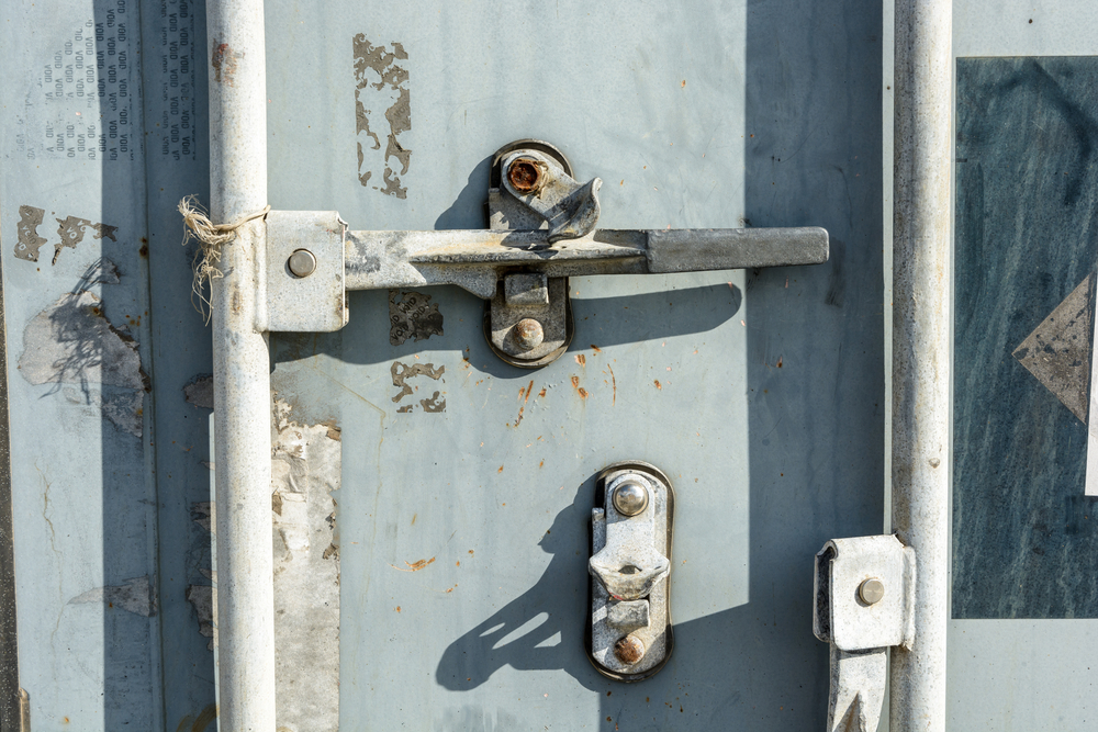 4 Ways to Enhance the Security of Your Business Over the Weekend